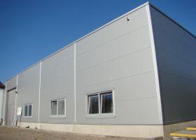 skladové montované haly D.TRI spol. s r.o. v Kuřimi