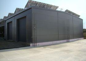 Nezateplená montovaná hala a zateplená výrobní montovaná hala firmy ELPREMONT s.r.o. ve Velké Bystřici u Olomouce