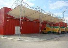 montovaná skladová hala, venkovní stání pro automobily