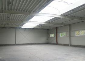 Skladová montovaná hala  ESAS ve Valašském Meziříčí II