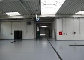 světlík montované haly pro opravu historických vozidel