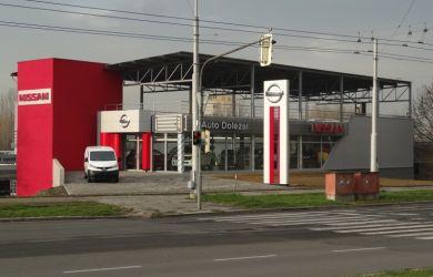 betonová prodejní hala InterAuto Doležal, a.s.