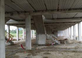 schody v betonové konstrukci Brno, OC Kaštanová